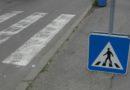 Кола блъсна ученичка на пешеходна пътека