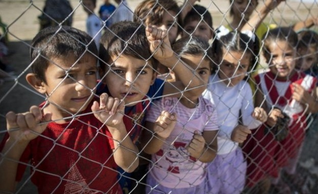 деца, бежанци