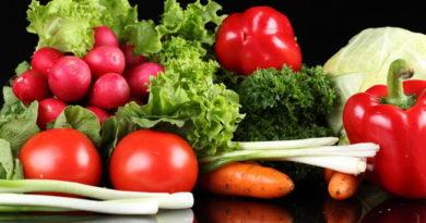 Цените на плодовете и зеленчуците падат