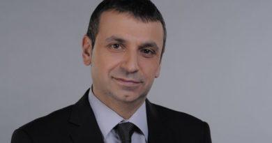 Д-р Валентин Павлов