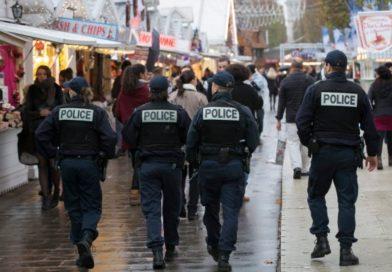 Арестуваха трима мъже в Париж за канибализъм