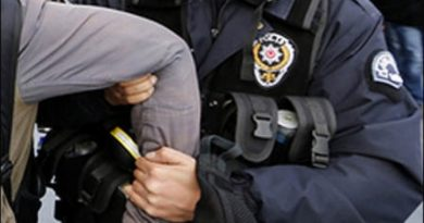 turkish-police-arrest-photo-reuters
