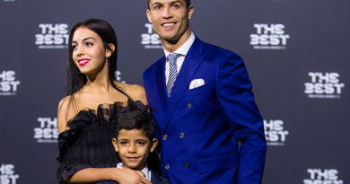 ZURICH, SWITZERLAND - JANUARY 09: The Best FIFA Men's Player Award nominee Cristiano Ronaldo of Portugal and Real Madrid arrives with his son and a guest for The Best FIFA Football Awards 2016 on January 9, 2017 in Zurich, Switzerland. (Photo by Philipp Schmidli/Getty Images)