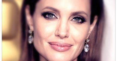 Анджелина Джоли на 45!