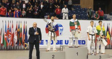 Кристиян Дойчев стана европейски шампион с победа срещу руснака Гнел Арамян