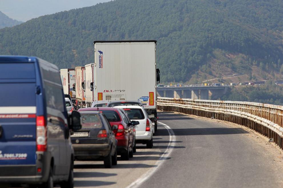 магистрала, път, коли, автомобили