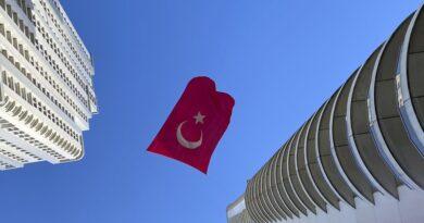 И Турция е под пълна блокада