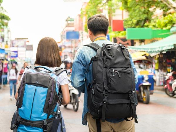 туристи1