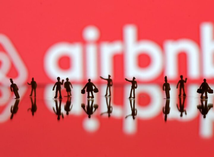 airbnb-people-logo-e1466198050263